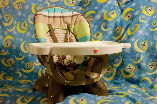Fisher-Price-Space-Saver-High-Chair3