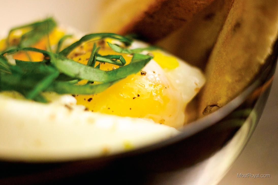 Perfect Poached Eggs in 2 min